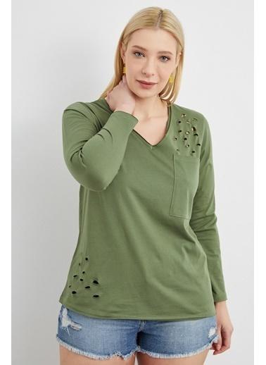 Curly Yeşil, V Yaka, Yırtıklı T-Shırt Yeşil